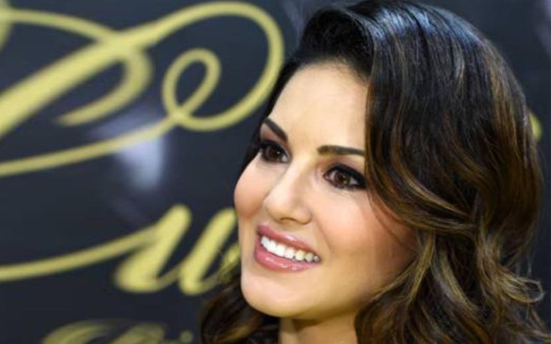 Best Thing About Mtv Splitsvilla Is Cute And Hot Sunny Leone-8210